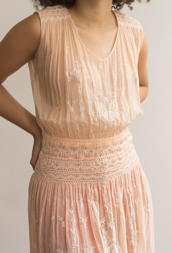 1930s Peach Cotton Voile Hungarian Embroidered Dr… - image 2