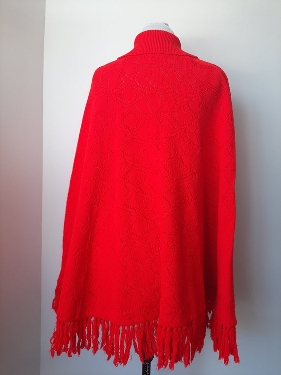 Vintage poncho, 1960s cape, red knit poncho, Knit… - image 9