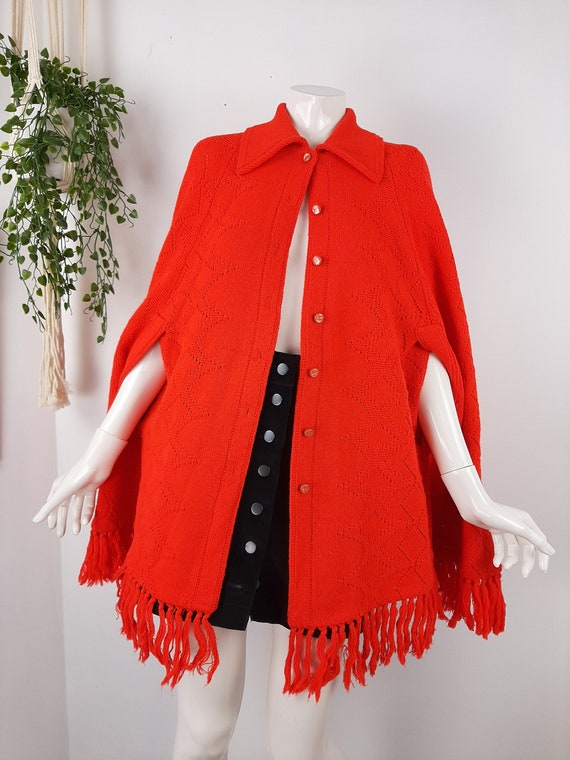 Vintage poncho, 1960s cape, red knit poncho, Knit… - image 1