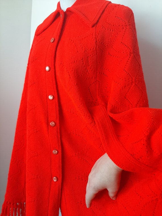 Vintage poncho, 1960s cape, red knit poncho, Knit… - image 7