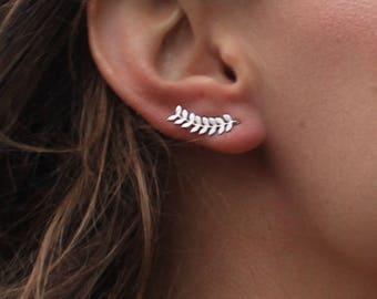 Birthday gift, Ear Climber, Bridesmaids gift, Friend gift, Mom gift, Leaf Earrings, Ear cuff, Ear crawler, Ear Crawler Earrings,Gift for her