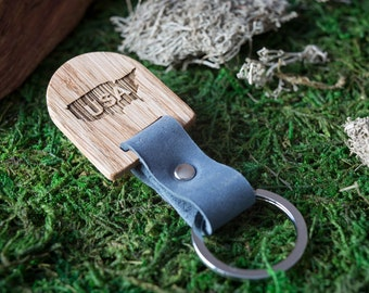 State of USA. Wooden Leather Keychain - Oak Key Chain America. Texas, wood key chain. Leather key ring. Boyfriend Groomsmen gift.