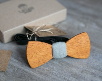 Wooden bow tie, yellow wood bow tie, wooden bowtie, bowtie, wedding Groomsmen bowtie  gifts, Boyfriend gift, Gifts for Him, Personalized
