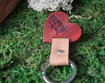 Wooden Leather Keychain -  Red Padauk Key Chain America, State of USA. wood key chain. Brown Leather key ring. Boyfriend Groomsmen gift.
