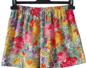 Bright Multi Coloured Old English Floral 100% Cotton Shorts NEW Small  (8 - 10 UK) Vintage Retro