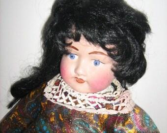 Beautiful Faced Old Doll Coth Body / MEMsArtShop
