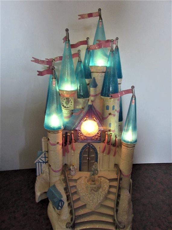 Trendmasters Cinderella Starcastle 1995 open | 90s childhood