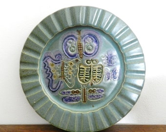 Bennington Potters Mid Century Butterfly & Dragonfly Wall Hanging Plate by David Gil / Yusuke Aida