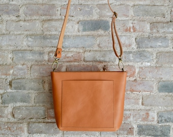 Small Crossbody bag in Camel Leather with outside pocket and Zipper. Mini Cap Sa Sal Bag. Handmade.