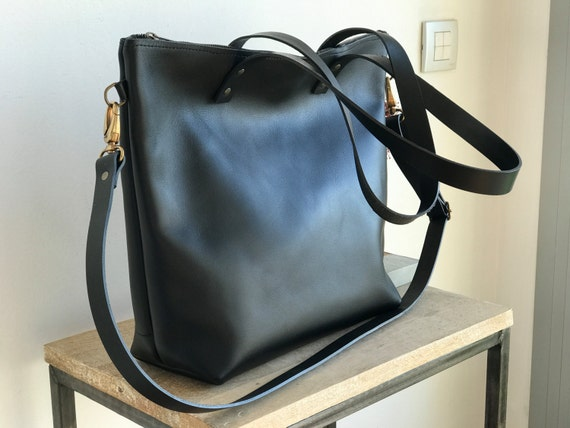 65614ed6c36a Ready to ship Large Black Leather bag with zip and removable