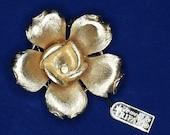 Vtg Crown Trifari Gold Tone Flower Brooch NOS Original Tags