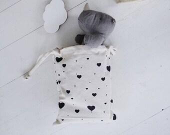 Heart Pattern storage bag - Small