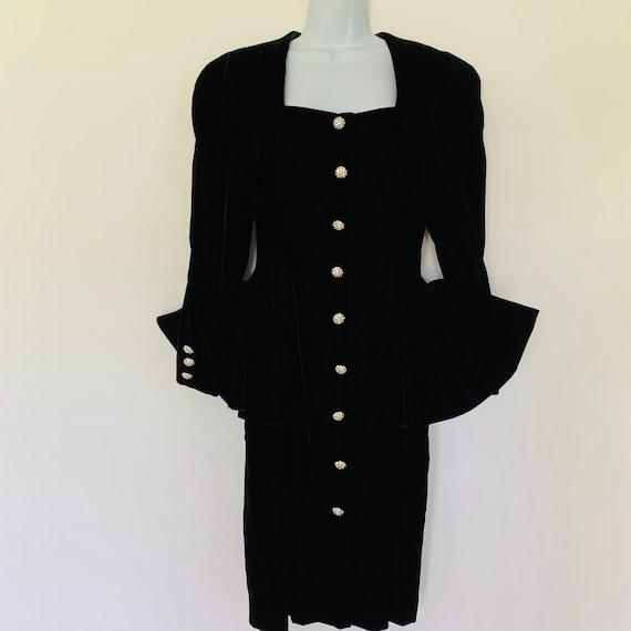 Julie Duroche black velvet cocktail dress peplum r