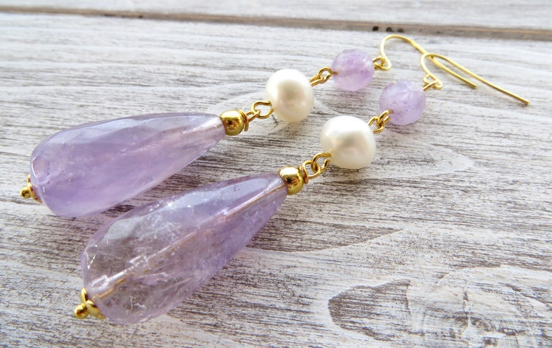 8ce4c104d579f Long amethyst earrings with freshwater pearls, purple drop earrings,  gemstone earrings, natural stone jewelry, romantic jewelry, gioielli