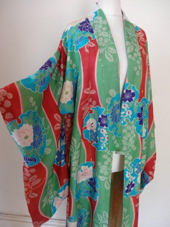 30's Kimono. Chameleon.