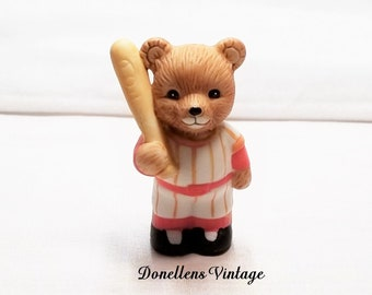 Homco Baseball Sports Bear Collectible Figurine # 1408 presented by Donellensvintage