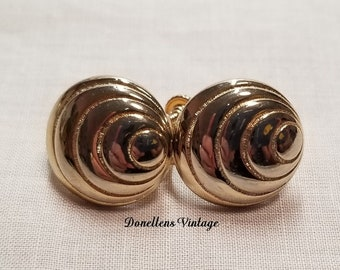 Vintage Gold Tone Round Dome Clip On Screw Back Patented 3176475 Earrings presented by Donellensvintage