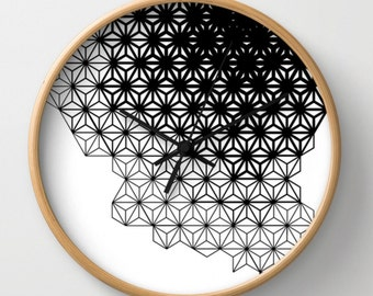 Geometric wall clock, black and white, wall decor, modern clock for architect, desgners gift, black pattern clock, round clock