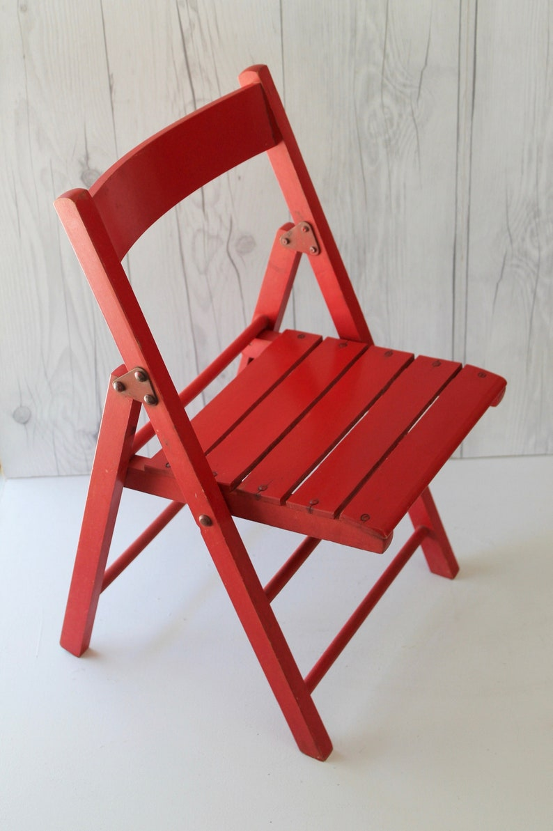 Vintage Child S Red Wooden Folding Chair Vintage Wood Camp Chair Little Seat For Garden Porch Or Entry