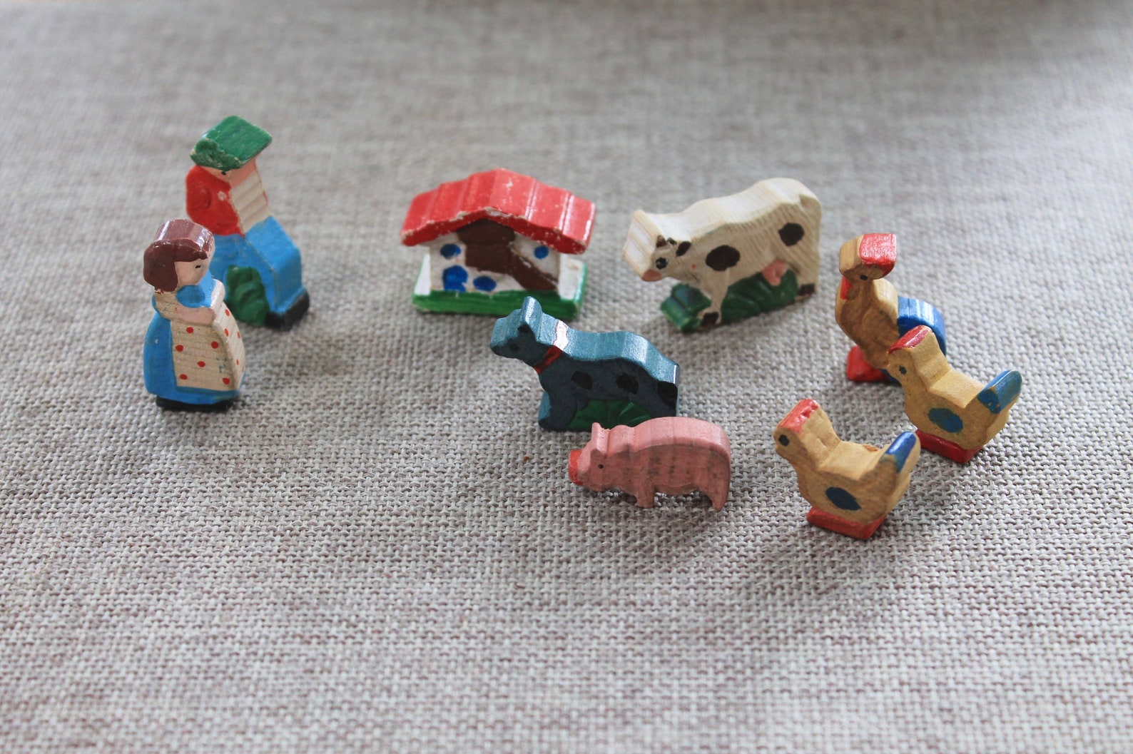 Vintage Unique Miniature Wooden German Erzgebirge People/Animals, Vintage Small Wooden Miniature Farm Figures
