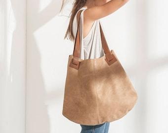 a5a4d36c3f7a Soft leather bag