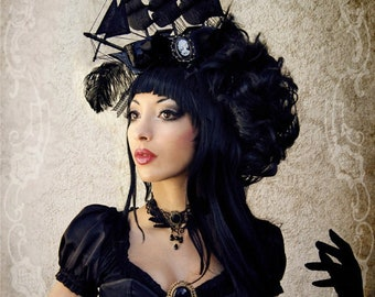 Ship Headdress with expedited shipping