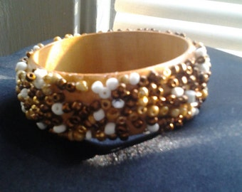 Large beaded mix brown bangle