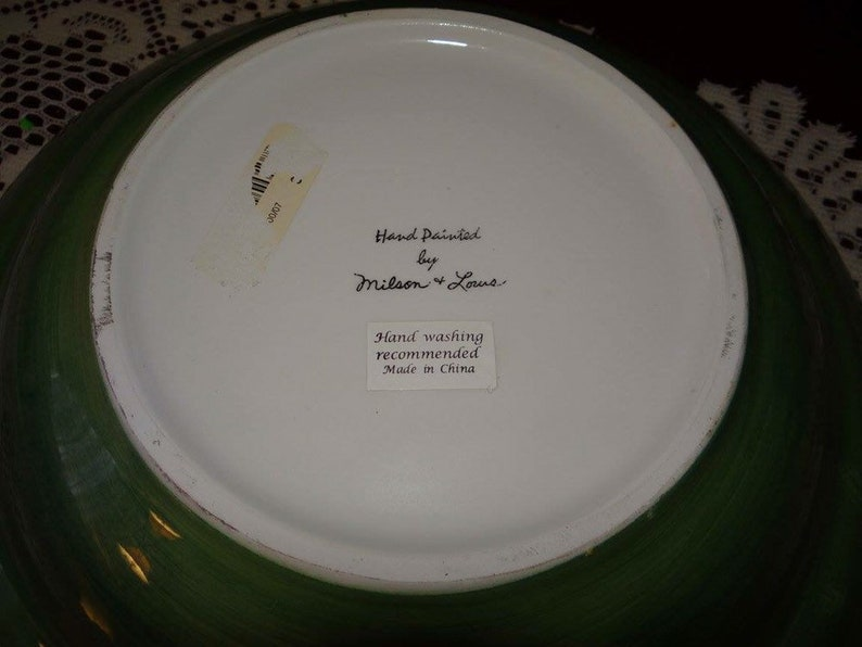 Lovely Large Vintage Serving Bowl by Milton and Lowe