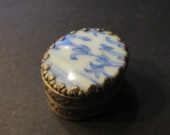 Vintage Dutch Porcelain Trinket Mint Pill Box  Gift for Her
