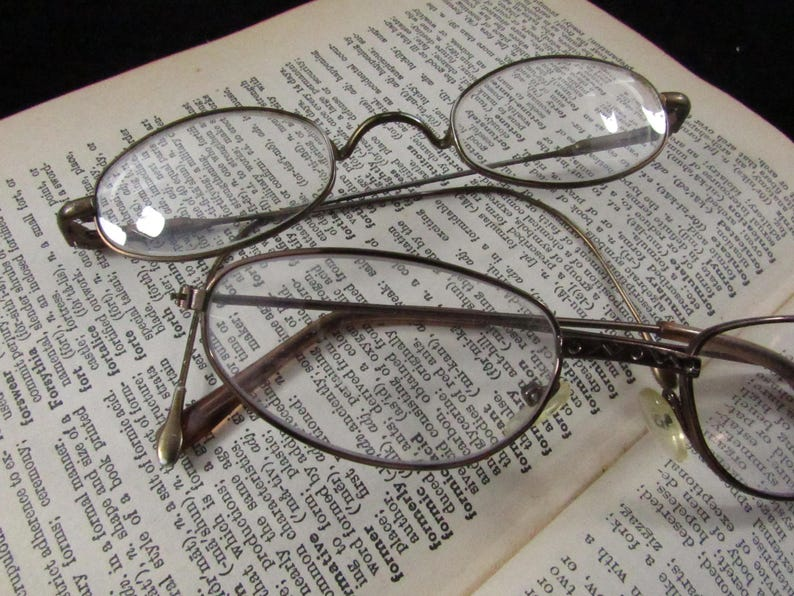 f8a58bc42c Vintage Wire Rim Oval Reading Glasses Cat Eye Reading Glasses