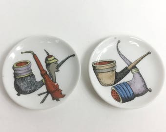 Pipe Dishes, Set of Two Midcentury Smoking Decor, Colorful Illustration, Small White Plate, Ring or Trinket Dish, Pipe Rest, 50s 60s Vintage