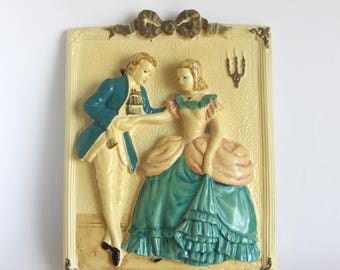 Painted Couple Chalkware Wall Hanging, Courting Colonial Couple, Pink Blue Dress 1800s Fashion, Handpainted Plaster Vintage 60s Kitsch Decor