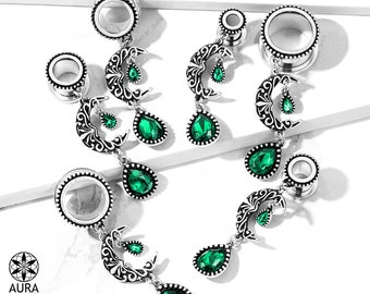 A Pair Of Dangle Gauges Moon Charm Luna Filigree Crescent Moon with Emerald Green Gem Crystal Flesh Tunnel Gauges Body Jewelry Celestial