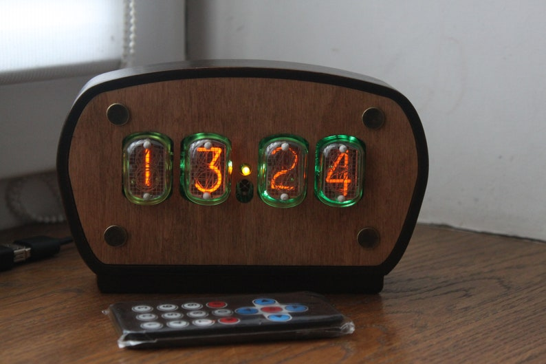 Nixie tube clock with 4pcs IN-12 nixie tubes and case fully image 0