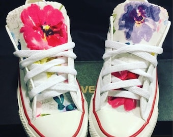 df0e29f2fb5 Floral Converse Chuck Taylor Shoes