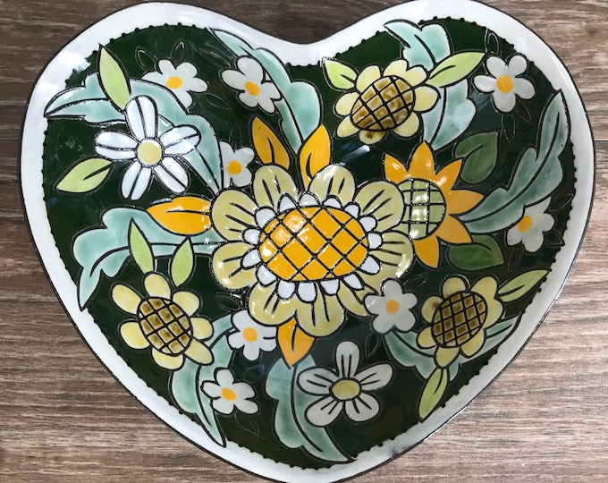 Featured listing image: Green Heart Shaped Serving Bowl