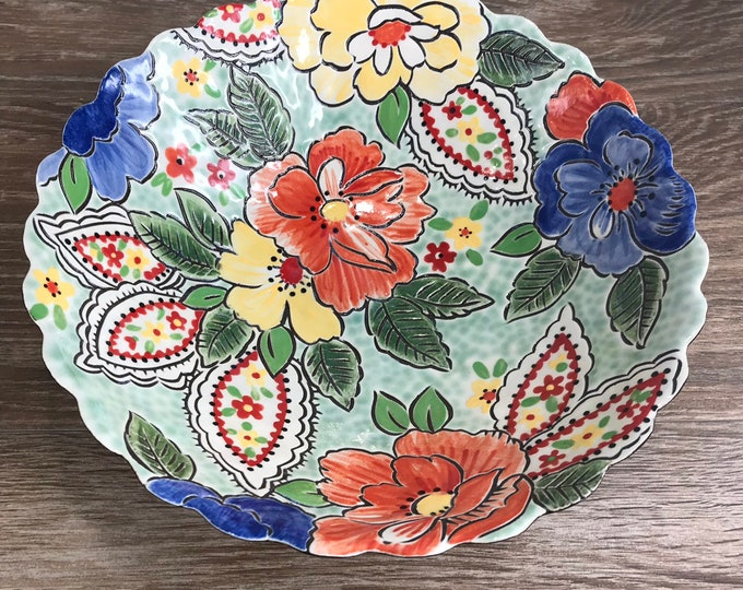 Featured listing image: Bubble Serving Bowl with Vintage Floral