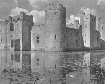 Bodiam Castle, Sussex Fort print 1950s Nostalgia Print old time photography England British