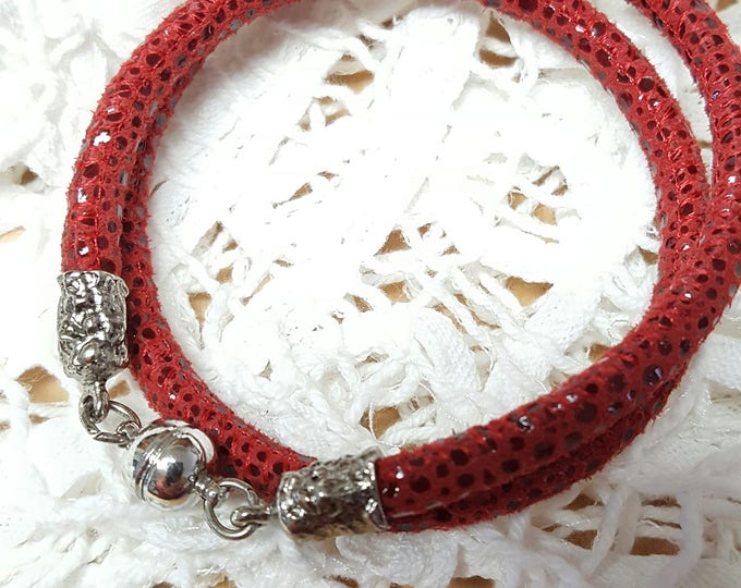 """Convertible Suede """"Snakeskin"""" Pebble Leather Wrap Bracelet / Choker in soft suede, Boho styling"""