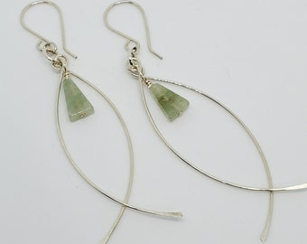Minimalist Wire Sculpture Earrings with Green Aventurine gemstones, lightweight, one of a kind