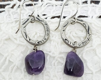 Amethyst Nugget gemstones on etched silver rings, one of a kind dangle earrings