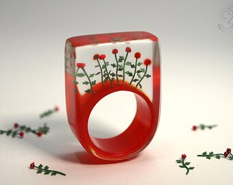 Red roses – romantic flower ring with red mini-roses on a scarlet ring made of resin not only for lovers
