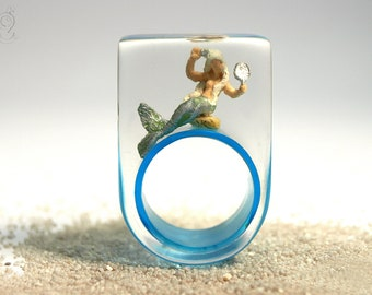"""Mermaid ring """"Sea breeze"""" – Fairytale mermaid ring with a little mermaid on light blue ring made of resin"""