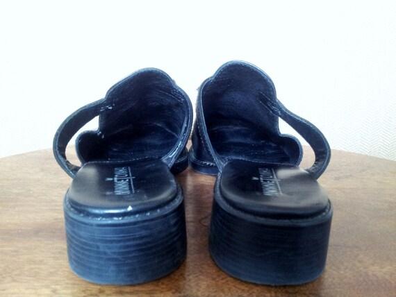 90s Black Leather Mules Minnetonka Size 7 - image 4