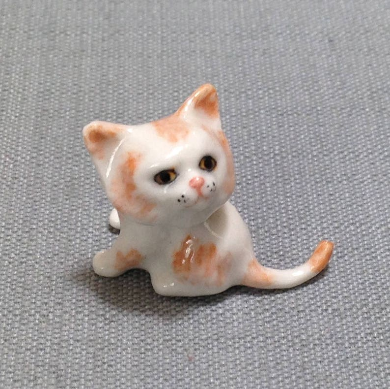 Vintage Cat Pet Ceramic Miniature Animal Collectible Figurine Hand Painted Gift
