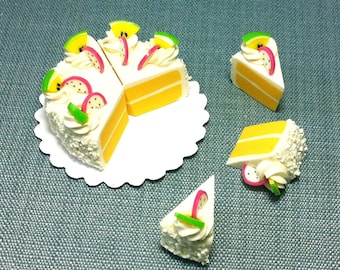 Full Sliced Cake 8 Slices Miniature Clay Polymer Food Supplies White Cream Cute Tiny Small Display Paper Pastry Decor Dollhouse Jewelry Deco