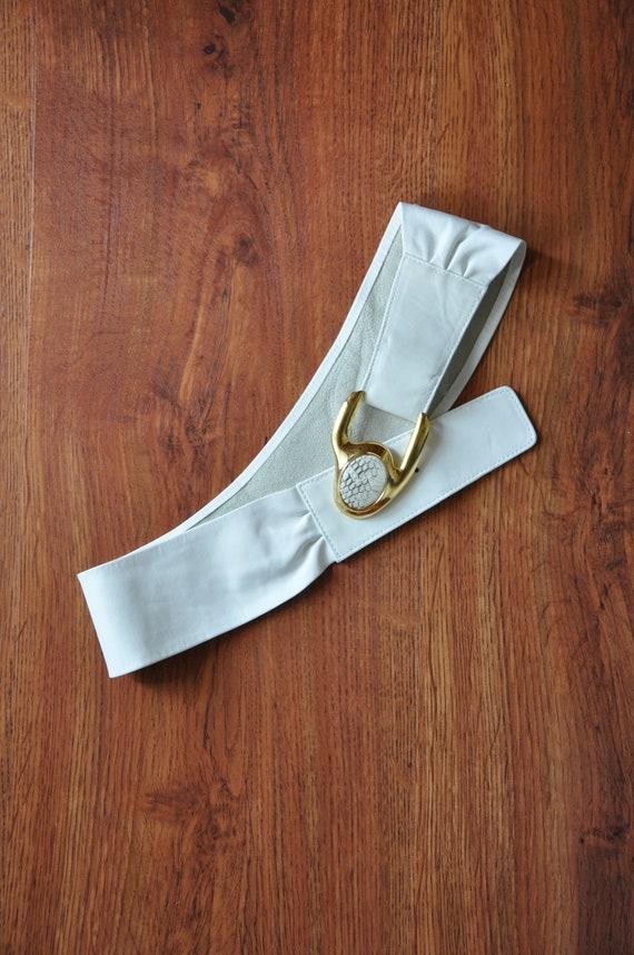 80s white statement belt / 1980s cummerbund / gol… - image 3