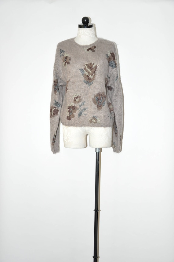90s gray floral sweater / 1990s handknit sweater /