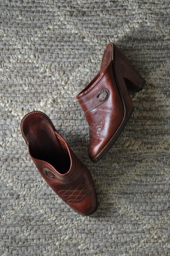 70s wood platform clogs / 1970s western leather mu