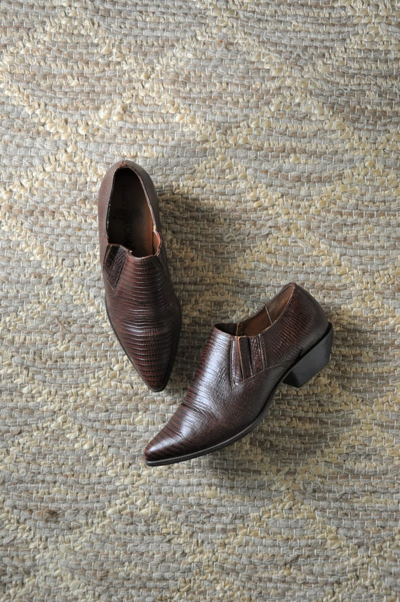 90s cowboy ankle boots / western leather booties /